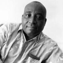 Portrait de André Yoka Lye